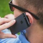 Schending SAR-waarde bij mobielgebruik dicht op het lichaam